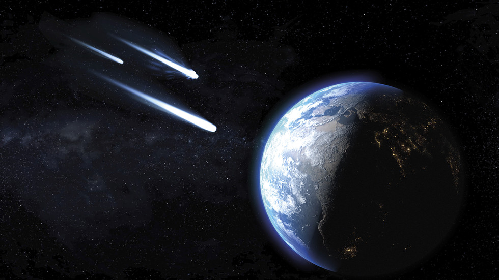 Three HUGE asteroids headed towards Earth