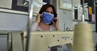 شركة ملابس سورية تصنع 100 كمامة