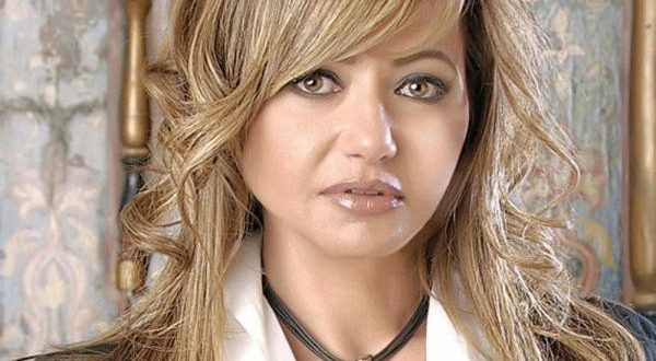 شبيهة ليلى علوي تثير الجدل في مواقع التواصل الاجتماعي