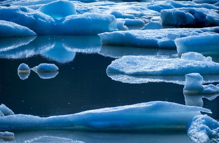 أزمة مناخية.. القطب الشمالي بلا جليد في الصيف بعد سنوات