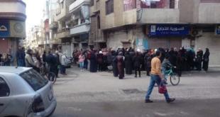 الازدحام مستمر على صالات السورية للتجارة في حمص