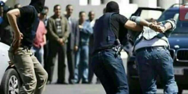 """""""بطريقة هوليودية"""".. مسلحون يخطفون مدنياً بعد خروجه من المشفى بالسويداء"""