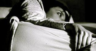 هل تعاني من كثرة التفكير وقت النوم؟ هذا ما يقدمه الخبراء