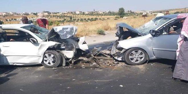 اصابة عمال في حادث سير بين حمص وحسياء