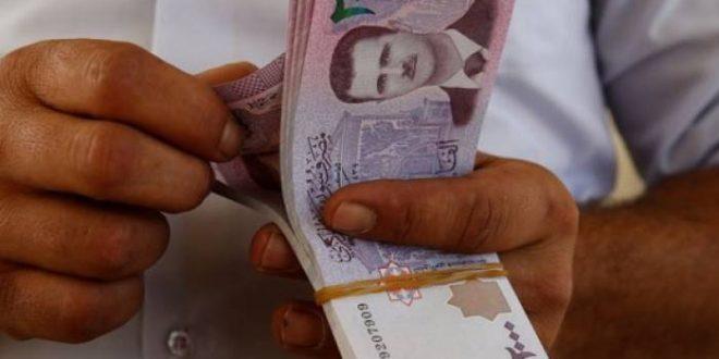 دكتور في الاقتصاد يقترح الاعدام لحماية الليرة السورية والغاء ورقتي الألف والألفين