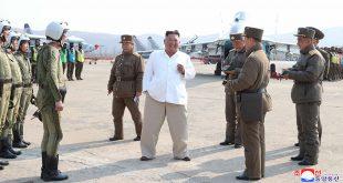 """شاهد: """"علامة غامضة"""" على يد كيم جونغ أون.. هل تكشف سر غيابه؟"""
