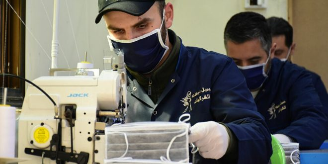 """من حلب... الصناعات السورية تتكيف مع """"عصر كورونا""""... فيديو وصور"""