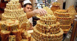 """بسبب غلاء المعيشة.. محال حلويات شهيرة في حلب تغير """"صنعتها""""!"""