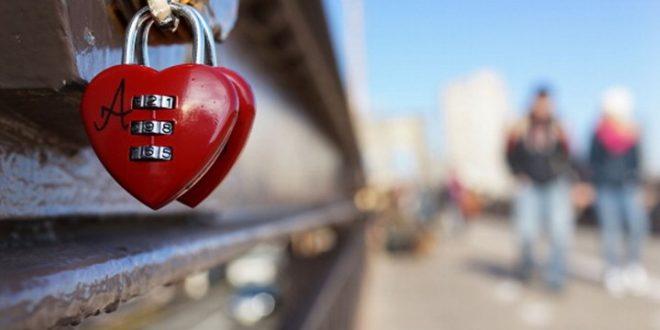 اكتشف أنواع الحب الستة عند فلاسفة اليونان القديمة