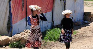 أكثر من 50 حالة تسمم في مخيم للنازحين بإدلب بسبب وجبات إفطار فاسدة