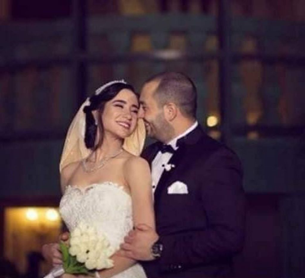 """بالصورة - هكذا أصبحت نجمة """"بابا فين"""" عروساً جميلة"""