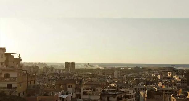 """حميميم : """"النصرة"""" تقصف بلدة معرة موخص في إدلب"""