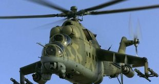 """مناورة بهلوانية لمروحية """"مي-25"""" السورية.. فيديو"""