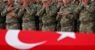 مقتل وإصابة جنديين تركيين في إدلب