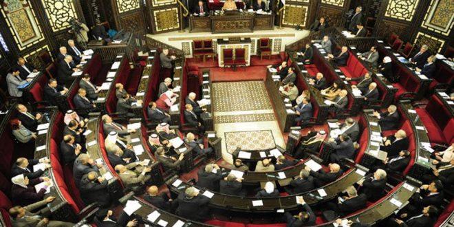 نائب في البرلمان السوري يطالب بإجراءات لمحاسبة الحكومة في جلسة اليوم