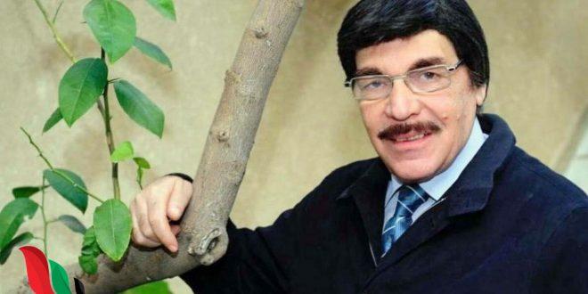 ياسر العظمة يتجاهل شائعة موته ويردّ بهذه الصورة