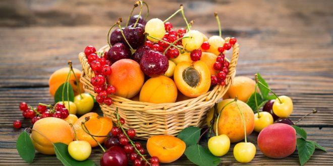 ما هي أكثر الفواكه فائدة والتي يجب إدراجها في النظام الغذائي