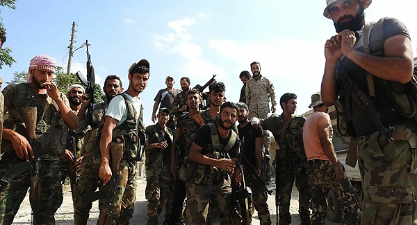 """غارات ليلية تستهدف حشود المسلحين """"الصينيين"""" شمال سوريا"""