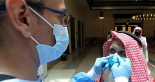 سعودي ينقل عدوى كورونا الى 10 من زملاءه!