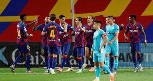 الكشف عن شجار عنيف نشب بين مدرب برشلونة ولاعبيه