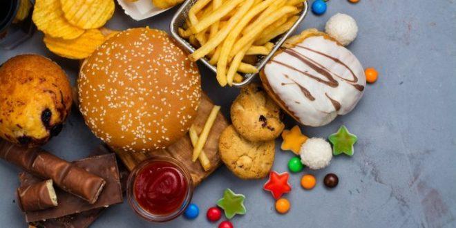 ما هي الأطعمة التي تحتوي على نسبة عالية من الكولسترول