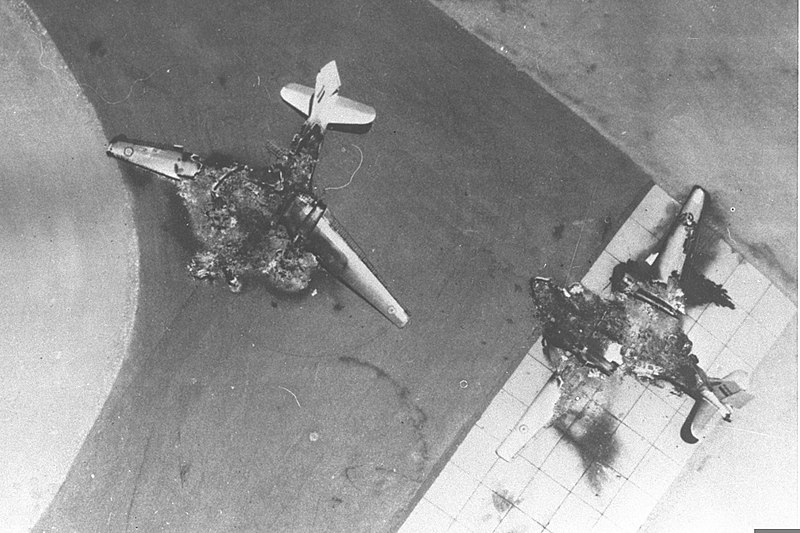 800px six day war  egyptian air force base attacked  egyptian planes destroyed on the ground  june 1967  d326 011