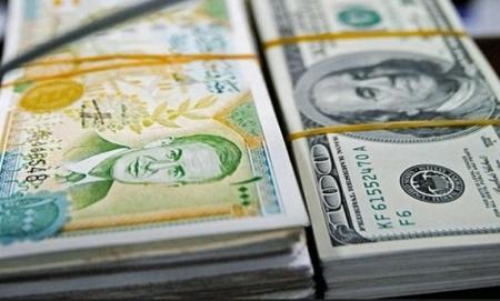 مكوجي يتحول إلى صراف دولار في طرطوس