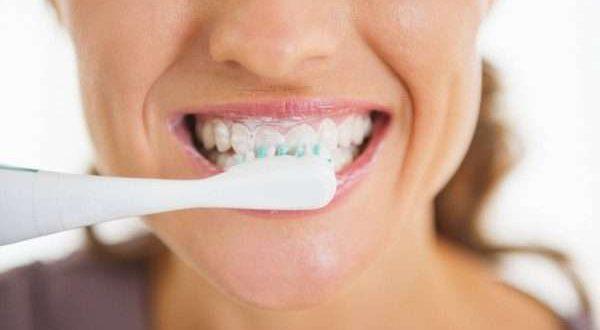 هل يمكن تبييض الاسنان بالملح