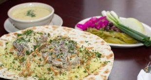 منسف بالكاسة.. تعرفوا على هذا الطبق الأردني الشهير