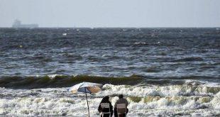 """مأساة جديدة على """"شاطئ مصري"""