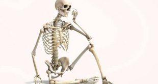 اسباب هشاشة العظام – 10 عوامل تؤذي عظامك وتضعفها