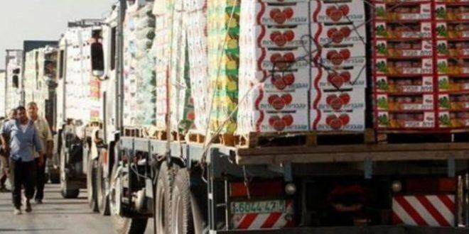 100 شاحنة سورية ولبنانية محملة بالخضار في طريقها إلى الخليج