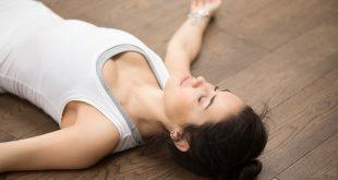 تمارين يوغا قبل النوم للتخلص من الأرق والتوتر والقلق