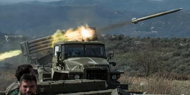 مدفعية الجيش السوري تستهدف حشودا لتنظيم القاعدة بريف إدلب
