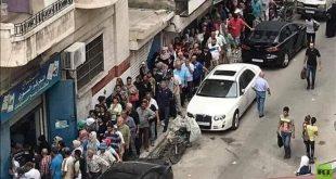 طابور للحصول على علبة دخان يشعل مواقع التواصل في سوريا