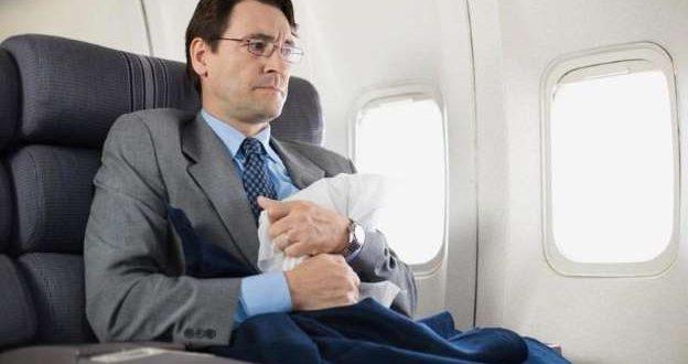 أين تقع أكثر أماكن الجلوس خطورة في الطائرة