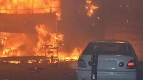 Screenshot 2020 07 01 حريق يلتهم ثلاثة آلاف سيارة جديدة في الكويت تلفزيون الخبر اخبار سوريا