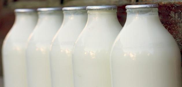 علماء يحذرون من الحليب الطازج