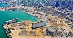 النائب العام اللبناني يتهم 25 شخصا بينهم مسؤولون كبار في انفجار مرفأ بيروت