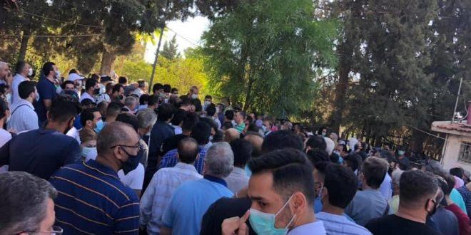 الكوادر الطبية في مدينة الجلاء بدمشق تنسحب وتتوقف عن إجراء مسحات كو رونا بسبب الزحام