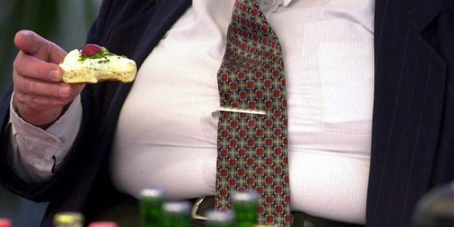 على أنك تكثر من تناول الدهون!