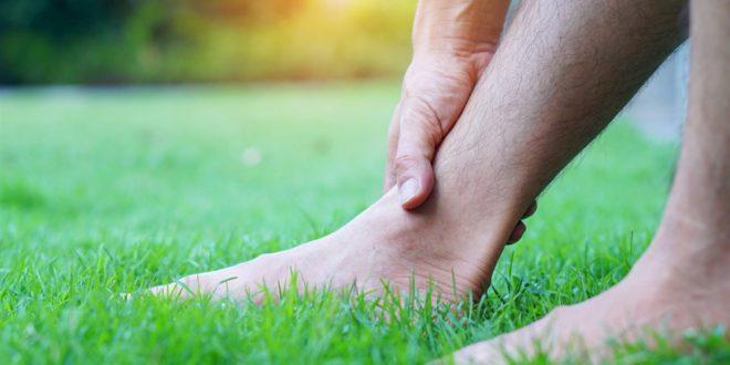وخز القدمين عند النوم مؤشر على حالة قد تكون