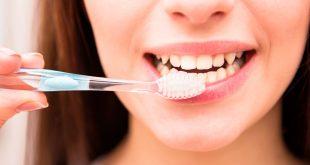 ما العلاقة بين أمراض القلب ونظافة الأسنان؟