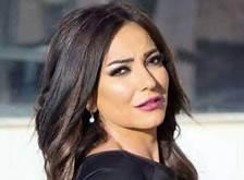 الفنانة السورية أمل عرفة ترد على اتهامها بادعاء إصابتها بكورونا من أجل الشهرة