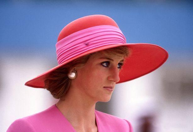 0 Diana Princess of Wales arrives in Dubai 615x675 1