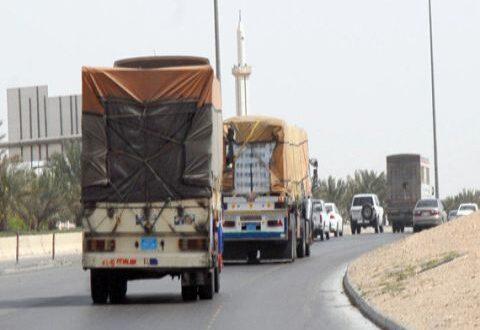 نقابة الشاحنات اللبنانية تحتج على رسوم عبور سورية وتطالب المعاملة بالمثل