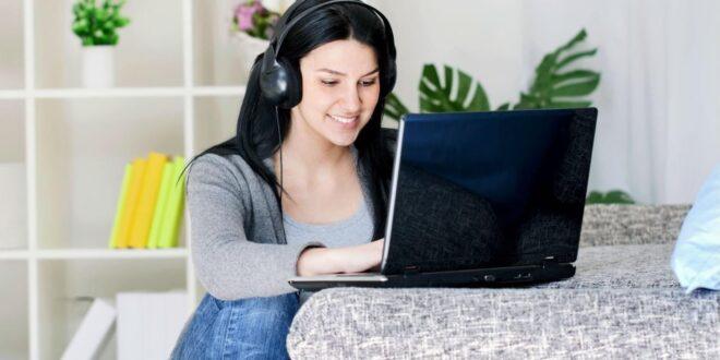 5 مواقع لتنزيل الموسيقى مجانًا بدون حقوق ملكية