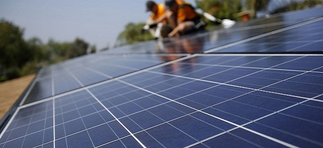 الحكومة تحدد سعر الكهرباء المنتجة من مشاريع الطاقة المتجددة