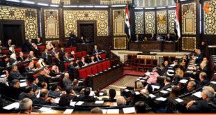 نواب في البرلمان يشنون هجوما على البيان الحكومي: الحكومة تتجاهل أزمة البنزين والخبز!
