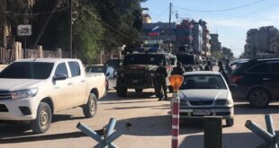 """مسلحون موالون للجيش الأمريكي يهاجمون مدرسة لـ """"المتفوقين"""" شرقي سوريا"""